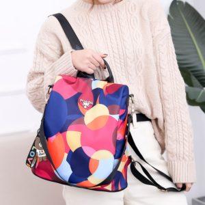Dámský stylový batoh Vinere
