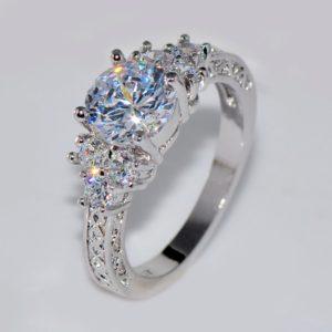 Dámský krásný stříbrný prsten s kamínky Maya