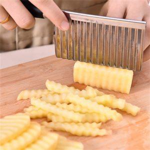 Praktický kuchyňský nůž na krájení zeleniny