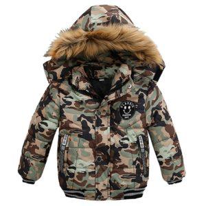 Dětská maskáčová bunda s kožíškem