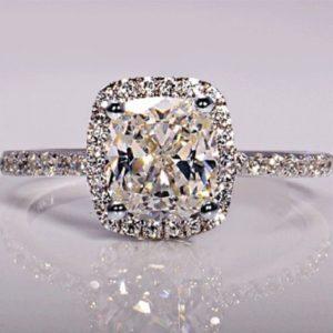 Dámský luxusní prstýnek