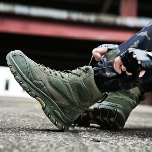 Men Fashion Sneakers Trend Army boots Men Casual Shoes Light Combat Shoes Comfortable Short Nail Shoes Adult Men Vulcanize Shoes