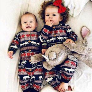 Krásný dětský overal s vánočním motivem