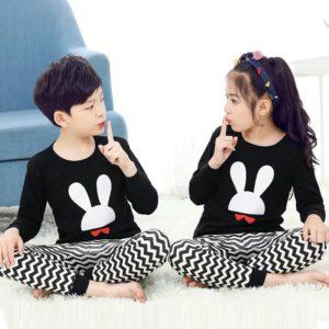 Krásné dětské pyžamo s motivem Králíček