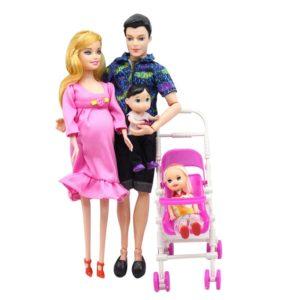 Těhotná panenka Barbie s rodinou a kočárkem