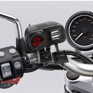 Digitální USB nabíječka na motocykl