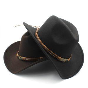 Módní kovbojský klobouk s opaskem
