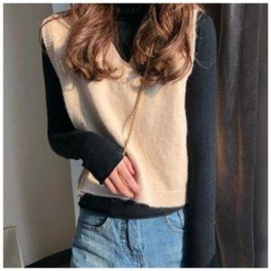 Dámská stylová pletená vesta