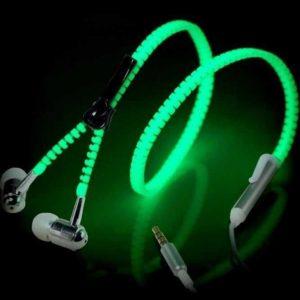 Sportovní svítící sluchátka