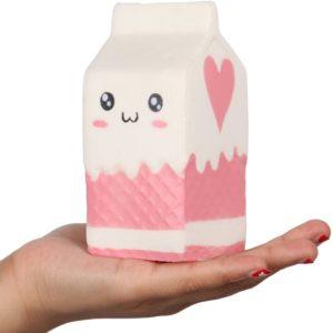 Roztomilá antistresová hračka ve tvaru mléka