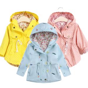 Dívčí jarní kabát ve třech barvách