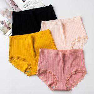 Dámské kalhotky s krajkou Alison
