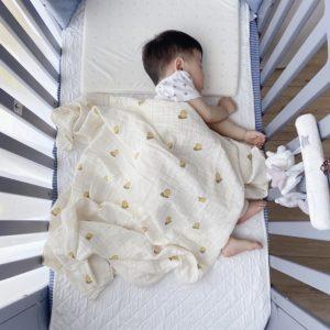 Deka pro novorozence se vzorem