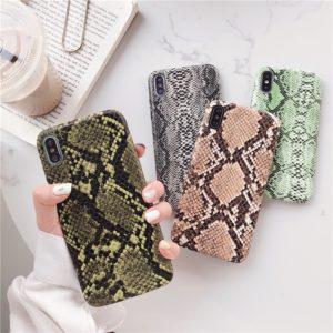 Kryt na iPhone z hadí kůže