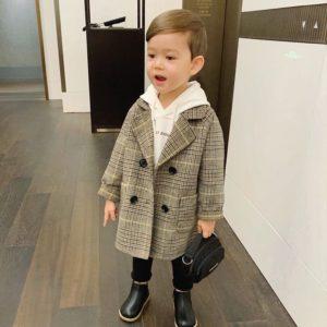 Chlapecký trenčkot kabát s límce a zapínáním na knoflíky