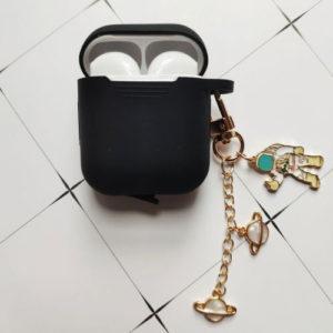 Luxusní silikonové obaly na sluchátka s přívěskem