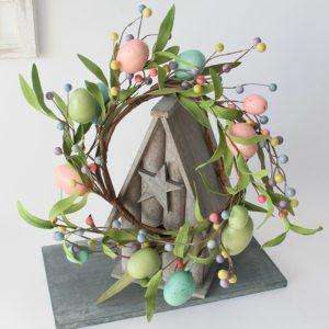 Velikonoční věnec na vchodové dveře