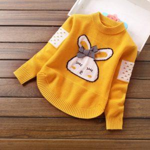 Podzimní dívčí teplý svetr s králíčkem