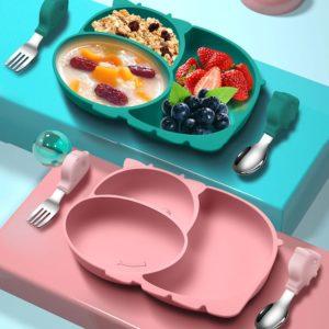 Dětská silikonová sada na krmení ve tvaru kravičky - talíř + příbor
