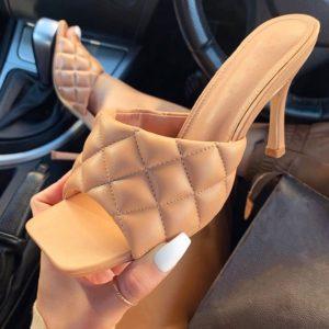Dámské elegantní pantofle na vysokém podpatku
