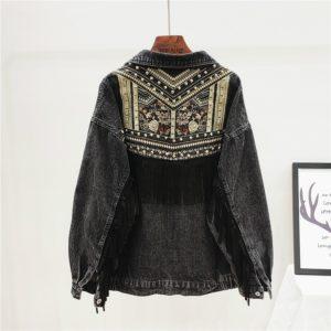 Nadčasová dámská džínova bunda s našívkami a třásněmi podél rukávů