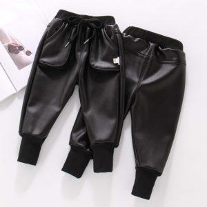 Dětské koženkové kalhoty s tkaničkou