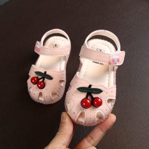 Dětské letní sandálky s třešničkou