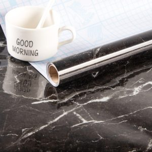 Moderní olejové samolepky na kuchyňskou linku