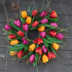 Závěsný tulipánový věnec - domácí dekorace