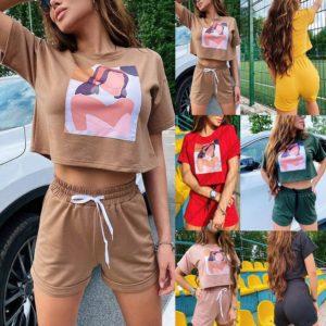 Módní dámská tepláková souprava - šortky a tričko