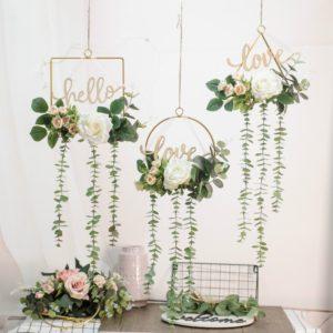 Závěsné dekorační květiny