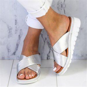 Dámské letní pantofle s protiskluzovou podrážkou